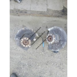 Кулак поворотный передний ( ступица ) Е60, Е63, Е64