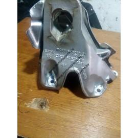 Кронштейн двигателя правый 221116864612 , 22116376280 , 22116376284