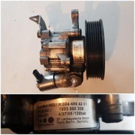 Насос гидроуселителя  OM642 A0044664201