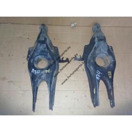 Рычаги задней подвески опорные (лодочки) W211, W219 под обычную подвеску.