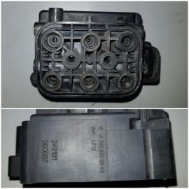 Клапана пневмоподвески A2513200058 , A2123200358